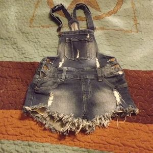 American Bazi Shorts - Distressed short overalls